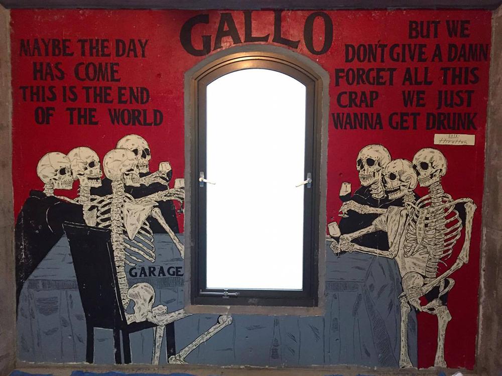 GALLO Mural